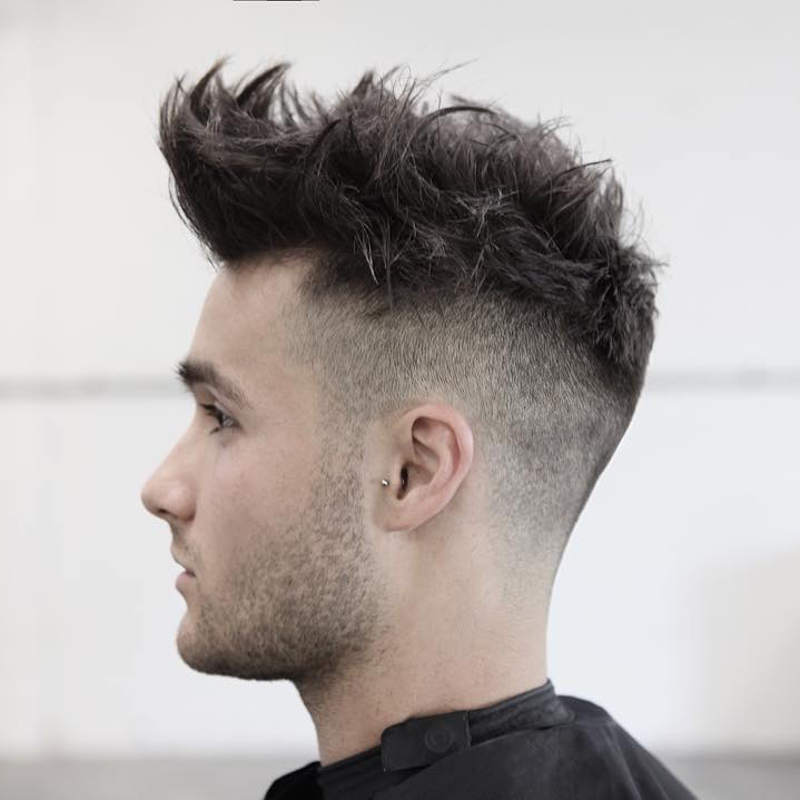 morrismotley_high-fade-and-textureized-hair-on-top
